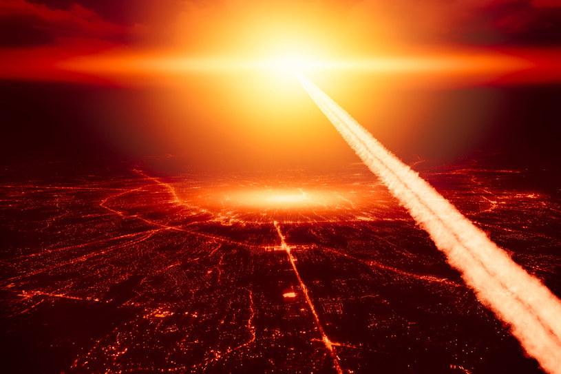 Przekręcenie klucza może odpalić ponad 1500 głowic nuklearnych /123RF/PICSEL