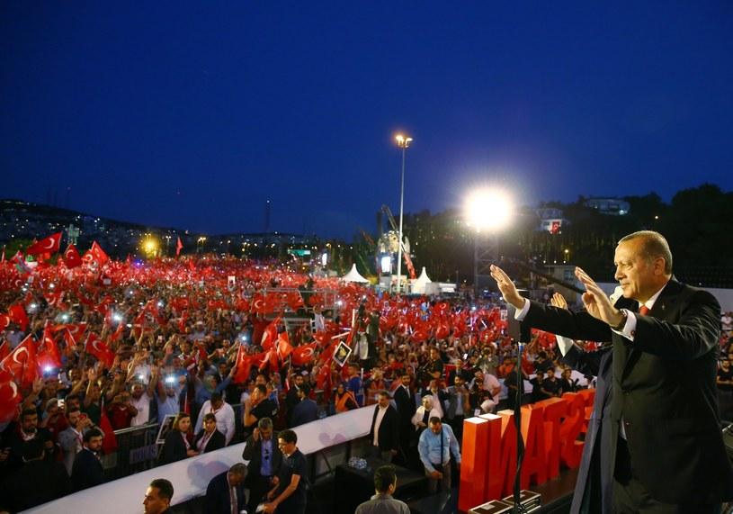 Przemówienie Erdogana z okazji pierwszej rocznicy nieudanego puczu /PRESIDENTAL PRESS OFFICE  /PAP/EPA