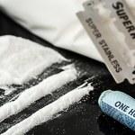 Przemycał w żołądku ponad 200 kapsułek z kokainą. Zmarł w samolocie z przedawkowania
