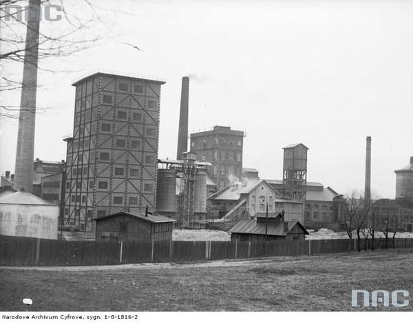 """Fabryka chemiczna sody """"Solway"""" w Borku Fałęckim pod Krakowem"""