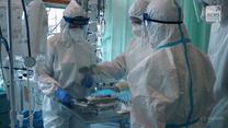 """Przepełnione szpitale. W """"Raporcie"""" o trudnej sytuacji Czechów w czasie pandemii"""