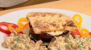 Przepis na proziaka z kozim serem i sosem kurkowym