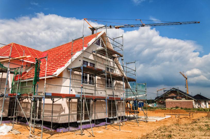 Przepisy nowelizacji Prawa budowlanego będą obowiązywały od 19 września /123RF/PICSEL