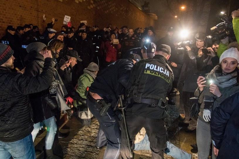 Przepychanki pod Wawelem /Jan Graczyński /East News