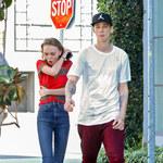 Przerażająco chuda Lily-Rose Depp na randce z chłopakiem!