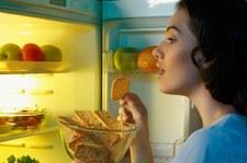 Przerwa między ostatnim posiłkiem a snem niepotrzebna?