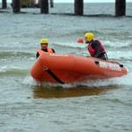 Przerwano poszukiwania 15-latki, która wpadła do Zalewu Kamieńskiego. W sobotę użyty zostanie sonar