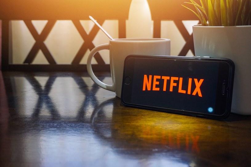 Przestępcy podszywają się pod Netflixa /123RF/PICSEL