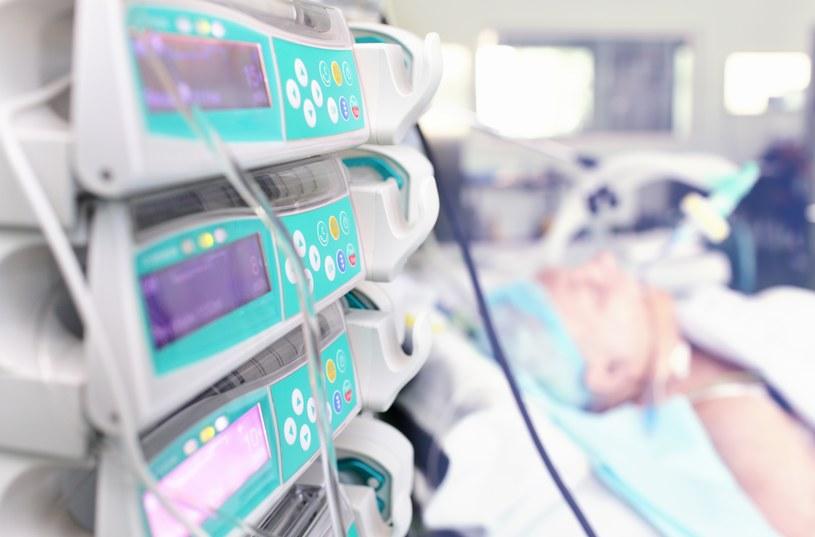 Przeszczep płuc u pacjenta z mukowiscydozą /123RF/PICSEL