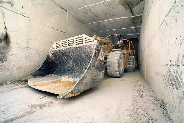 Przetargi budowlane na kosztorysowej minie /AFP