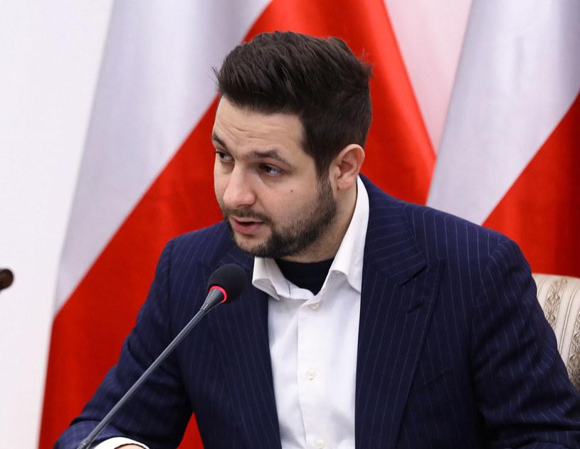 Przewodniczący Komisji Weryfikacyjnej Patryk Jaki /Rafał Guz /PAP