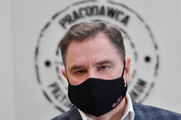 Przewodniczący NSZZ Solidarność Piotr Duda podczas konferencji prasowej w siedzibie Komisji Krajowej w Gdańsku / Adam Warżawa    /PAP