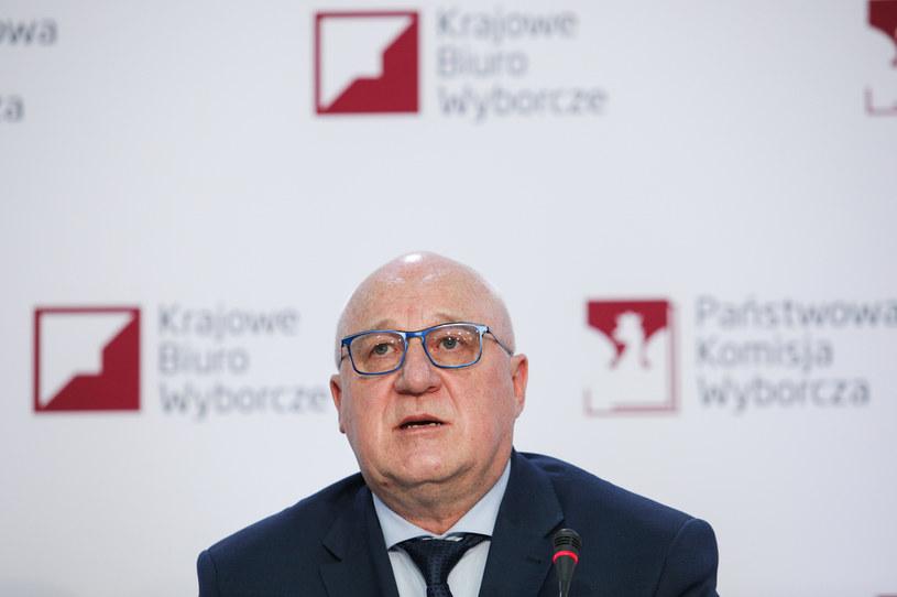 Przewodniczący PKW Sylwester Marciniak /Andrzej Hulimka  /Agencja FORUM