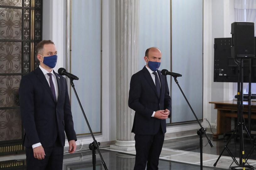 Przewodniczący PO Borys Budka i przewodniczący KP KO Cezary Tomczyk /PAP/Albert Zawada /PAP
