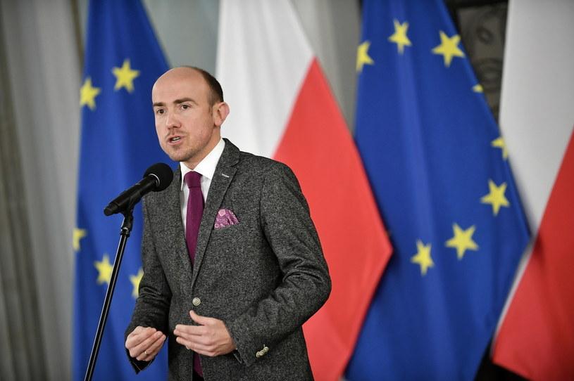 Przewodniczący PO Borys Budka podczas konferencji prasowej w Sali Kolumnowej Sejmu w Warszawie / Marcin Obara  /PAP