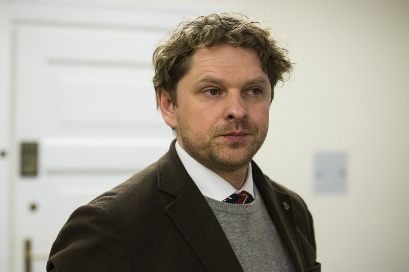Przewodniczący sejmowej komisji ds. Służb Specjalnych Marek Opioła /Andrzej Hulimka  /Reporter