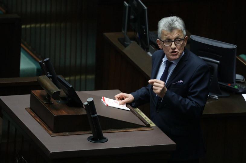 Przewodniczący sejmowej komisji sprawiedliwości i praw człowieka Stanisław Piotrowicz /Tomasz Gzell /PAP