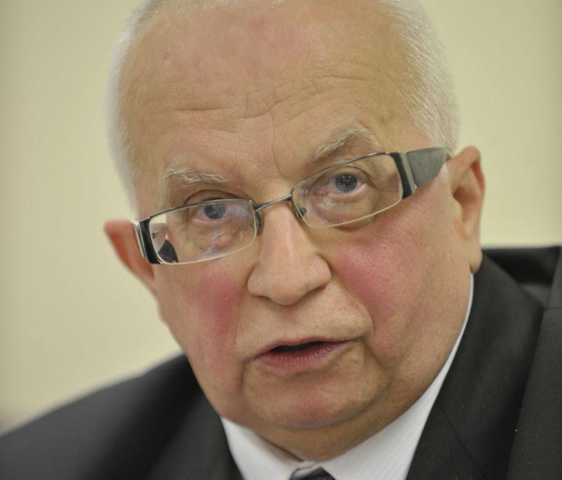 Przewodniczący Stowarzyszenia Patria Nostra mecenas Lech Obara /Darek Golik  /FORUM