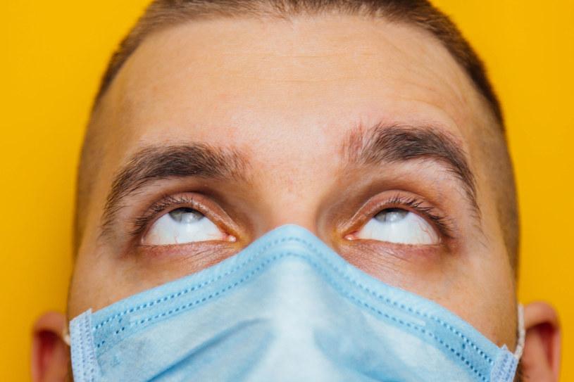 Przewracanie oczami to jeden z sygnałów mówiących, że nasze nerwy są na skraju wytrzymałości /123RF/PICSEL