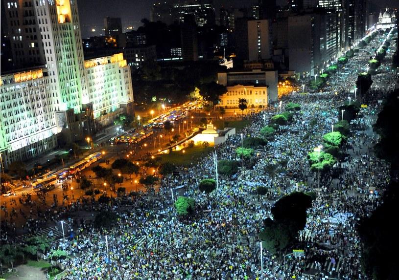 Przez Brazylię przetacza się fala protestów /AFP