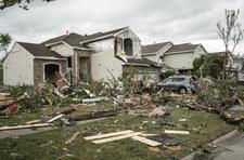 Przez Chicago przeszło Tornado. Zniszczone domy