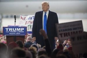 Przez zamieszki odwołano wiec, Trump wściekły