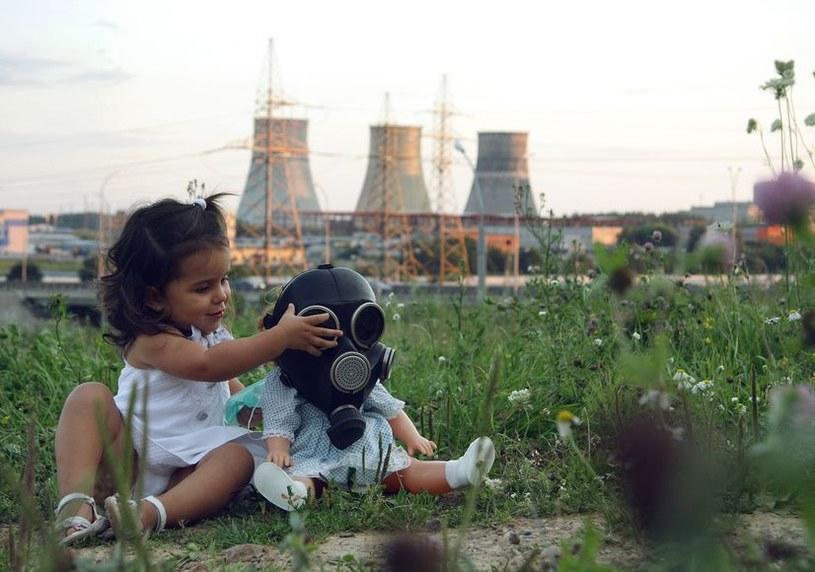 Przez zanieczyszczone powietrze w 2012 r. umarło aż 7 mln osób /123RF/PICSEL