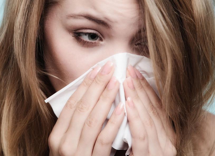 Przeziębienie czy alergia? /123RF/PICSEL