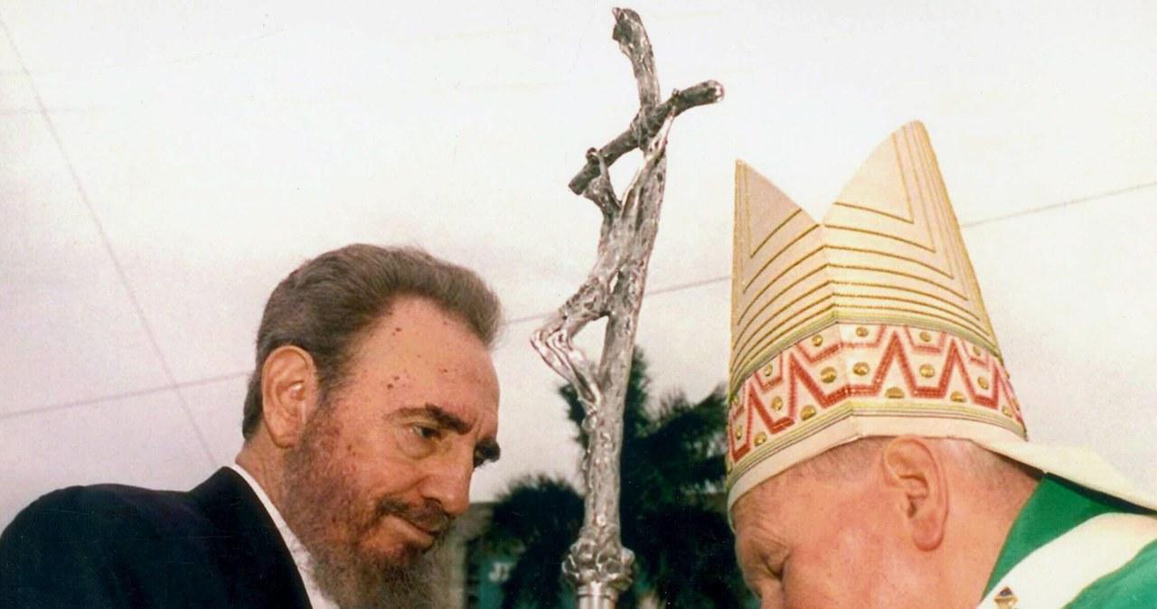 Przeżył ponad 600 prób zamachów, przeciwstawiał się 10 prezydentom USA. Castro na zdjęciach