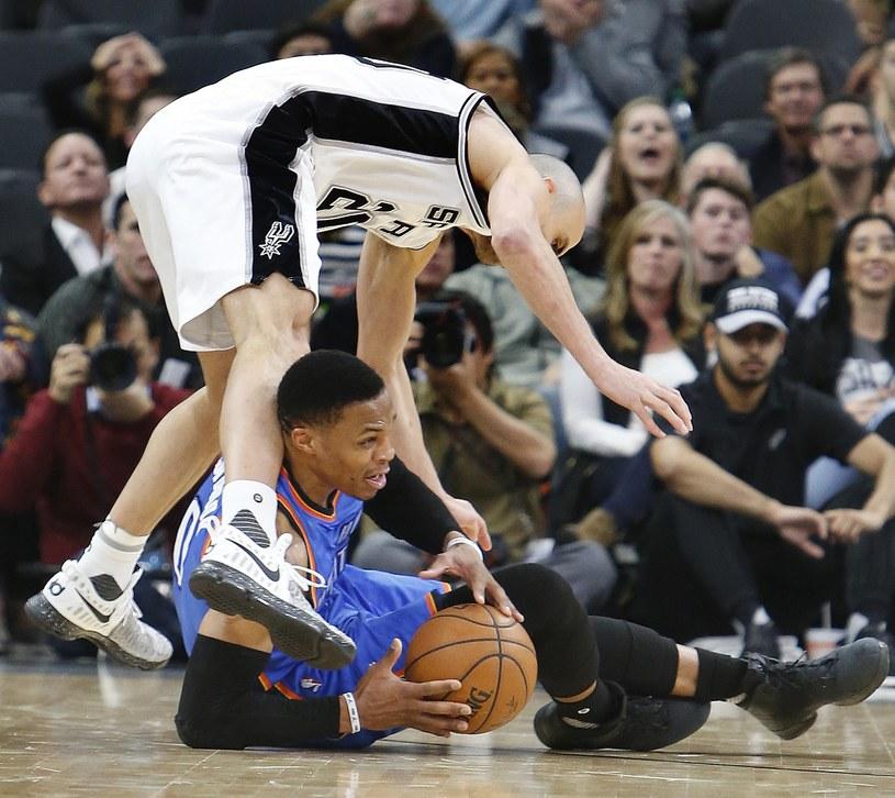 Przy piłce Russell Westbrook #0 z Oklahoma City Thunder. /AFP
