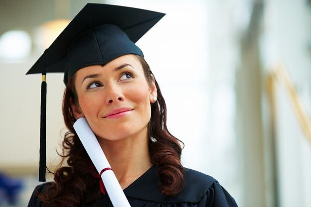 Przy rosnącym bezrobociu osoby z wyższym wykształceniem mają największe szanse na pracę /© Panthermedia
