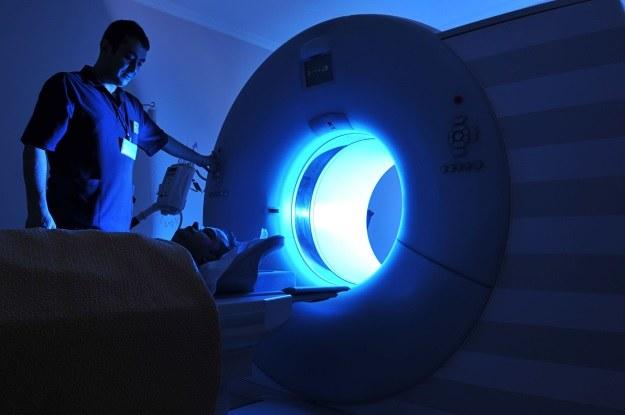 Przy użyciu MRI można odczytać treść snów /123RF/PICSEL