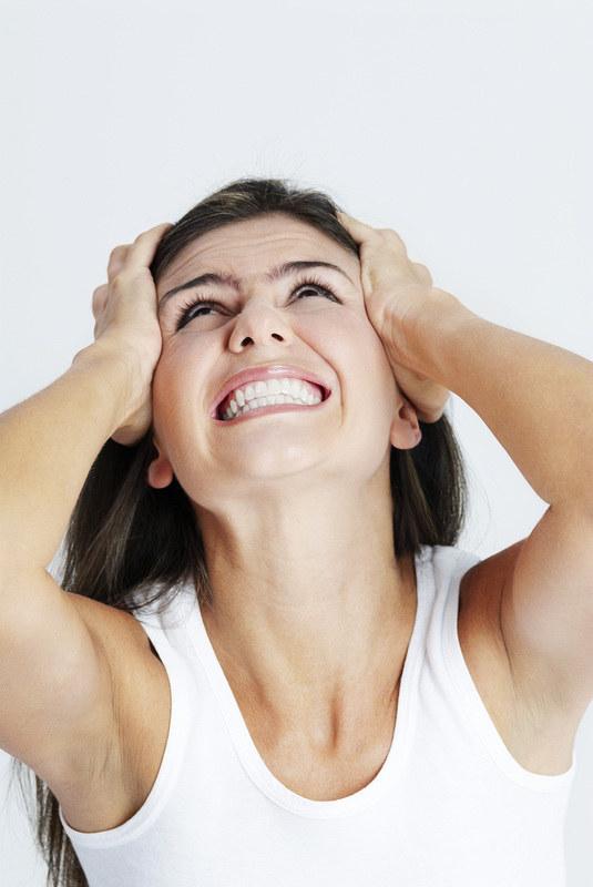 Przy wulwodynii ból okolic intymnych może być odczuwalny nawet podczas siedzenia  /© Panthermedia