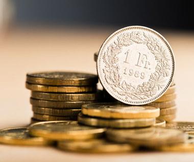 Przybywa pozwów frankowiczów, a sądy unieważniają umowy kredytowe