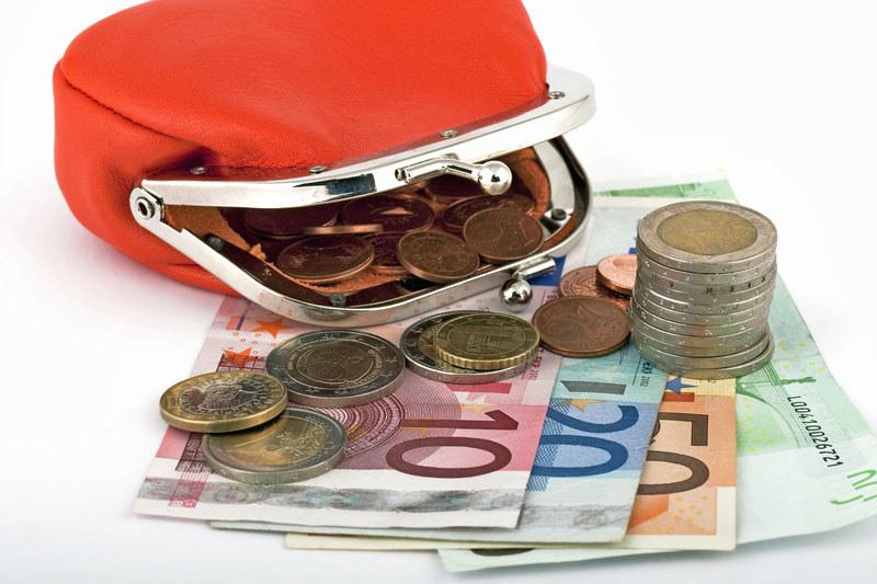 Przychody najwięcej zarabiających są w państwach uprzemysłowionych blisko 10 razy wyższe niż najmniej zarabiających /© Panthermedia