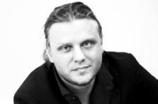 Przyczyną śmierci Piotra Woźniaka-Staraka była niewydolność krążeniowo-oddechowa