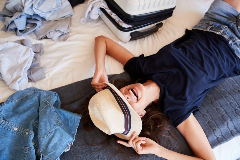 Przygotowywanie się na wakacyjny wyjazd wcale nie musi być mordęgą. Wystarczy odpowiednia organizacja /123RF/PICSEL