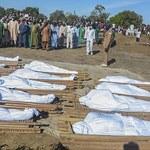 """""""Przyjechali na motocyklach i przeprowadzili atak"""". 110 cywilów zabitych przez Boko Haram"""