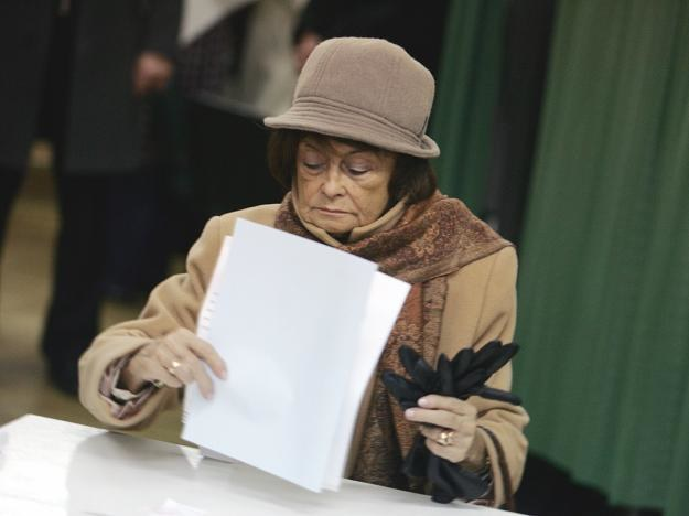 Przyjęto uchwałę o przyznaniu Jadwidze Kaczyńskiej honorowego obywatelstwa /fot. Tomasz Gzell /PAP