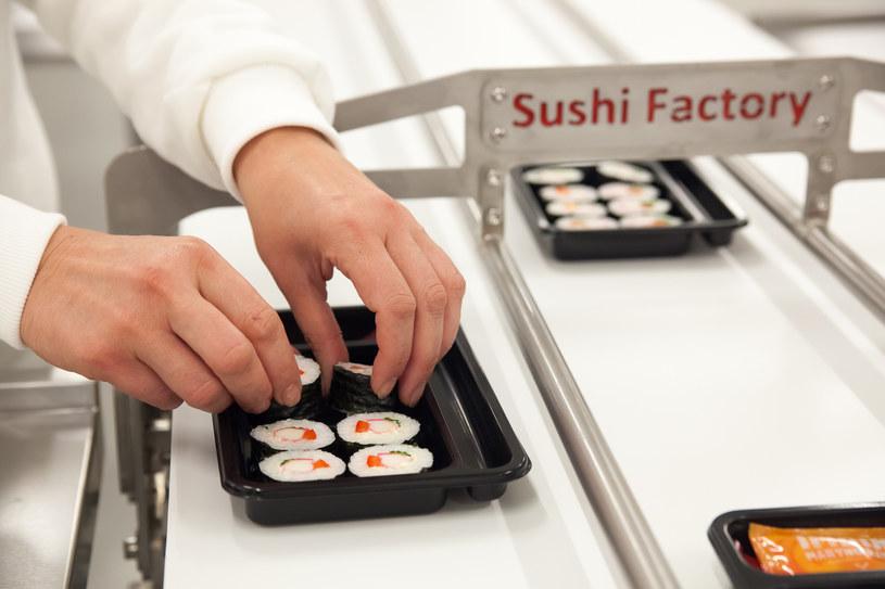 Przykładem gotowego zestawu sushi jest Factory Chīsai, set produkowany w Polsce przez Sushi Factory /Styl.pl/materiały prasowe