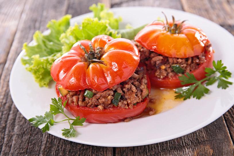 Przyrządzaj potrawy z sezonowymi warzywami /123RF/PICSEL