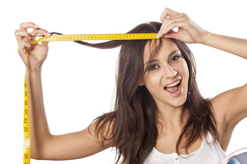 przyspieszyć porost włosów /© Photogenica