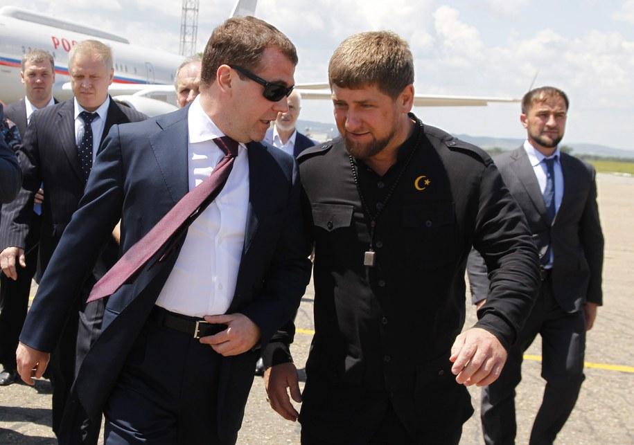 Przywódca Czeczenii Ramzan Kadyrow i premier Rosji Dimitrij Miedwiediew //DMITRY ASTAKHOV/RIA NOVOSTI/GOVERNMENT PRESS SERVICE  /PAP/EPA
