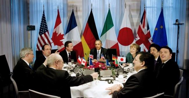 Przywódcy na szczycie G7 /PAP/EPA/JERRY LAMPEN / POOL /PAP/EPA