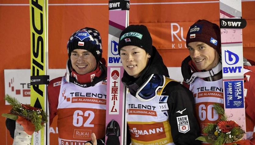 PŚ w skokach. R. Kobayashi wygrał kwalifikacje w Engelbergu, Stoch czwarty