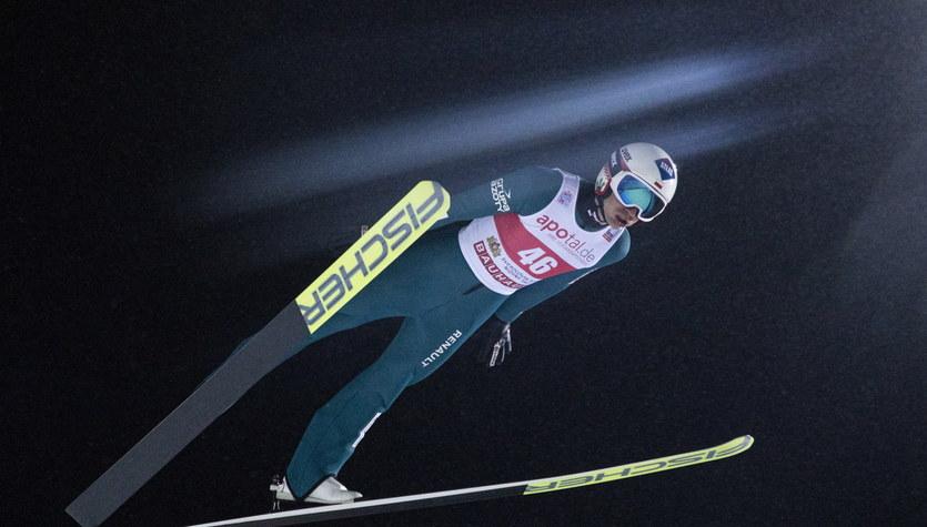 PŚ w skokach. Stefan Kraft wygrał w Niżnym Tagile. Polacy daleko