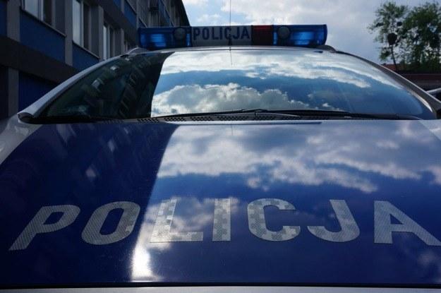 Pseudokibic chciał przejechać policjanta /RMF FM