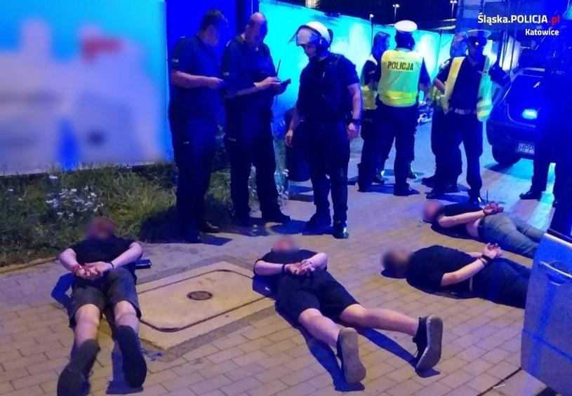 Pseudokibice napadli na policjantów. Zostali zatrzymani /policja.pl /Policja