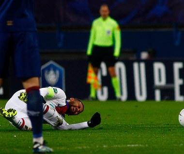 PSG. Oficjalnie. Kontuzjowany Neymar wykluczony z gry na około cztery tygodnie