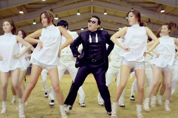 """PSY w teledysku """"Gangnam Style"""" /"""